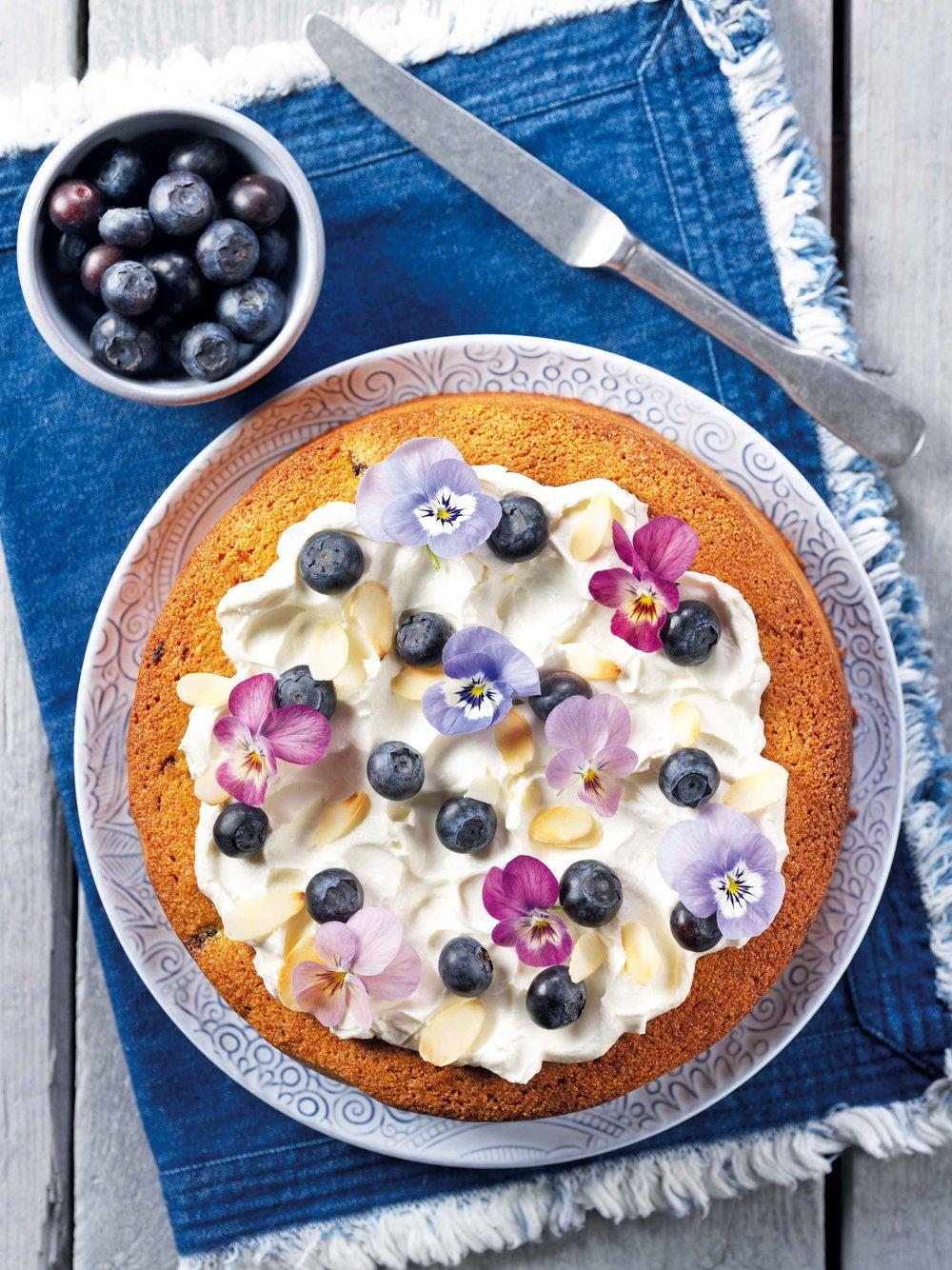 blueberry-almond-polenta-cake