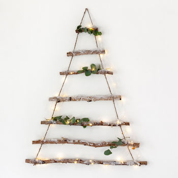 normal_birch-branch-hanging-christmas-tree.jpg