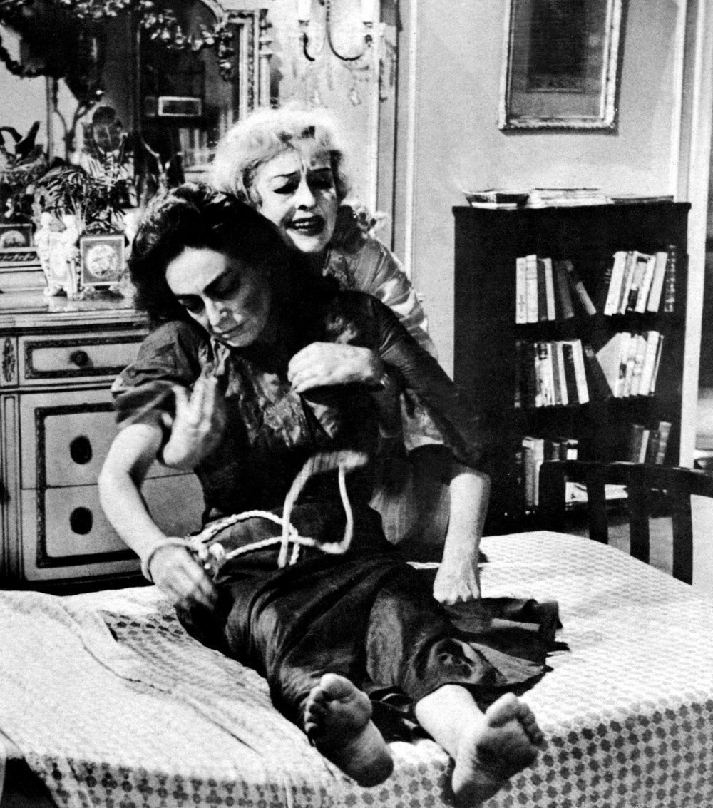 Things reached a whole new level of animosity in Whatever Happened to Baby Jane?