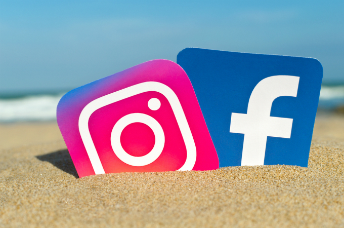 Don't share your holiday snaps on social media
