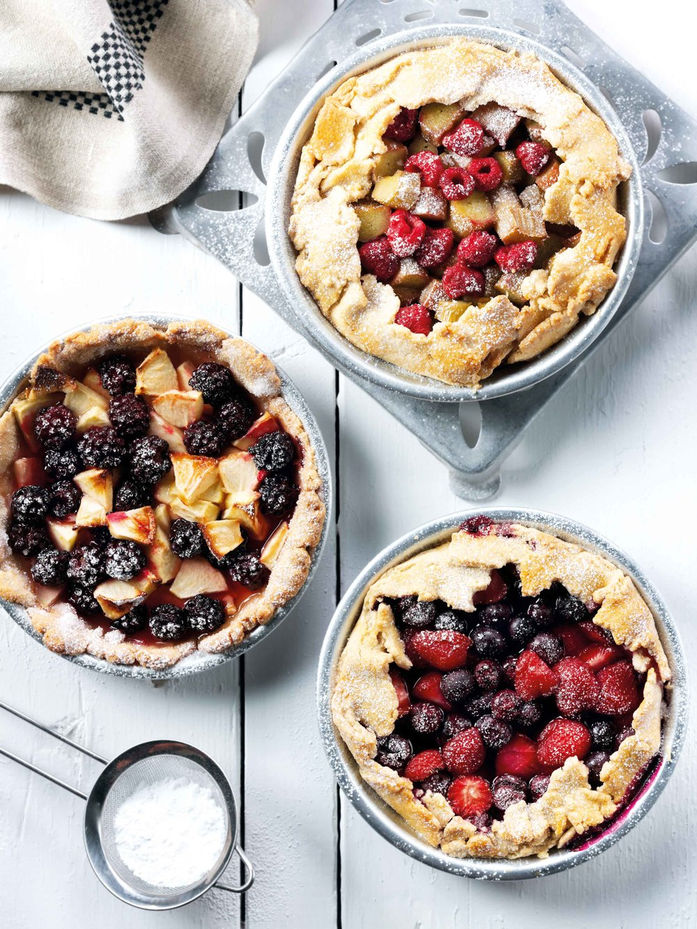 summer-fruit-pies