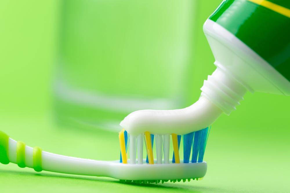 Astuces-nettoyage-maison-truc et astuces-rapidement-nettoyage-astuces ménage-four-carrelage-tapis-salle de bain-wc-maison-propre