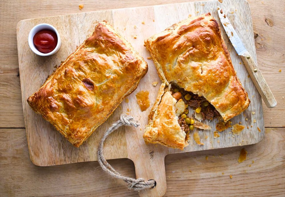 LCF_Stewed-Steak-&-Veg--Pasties_1[1].jpg