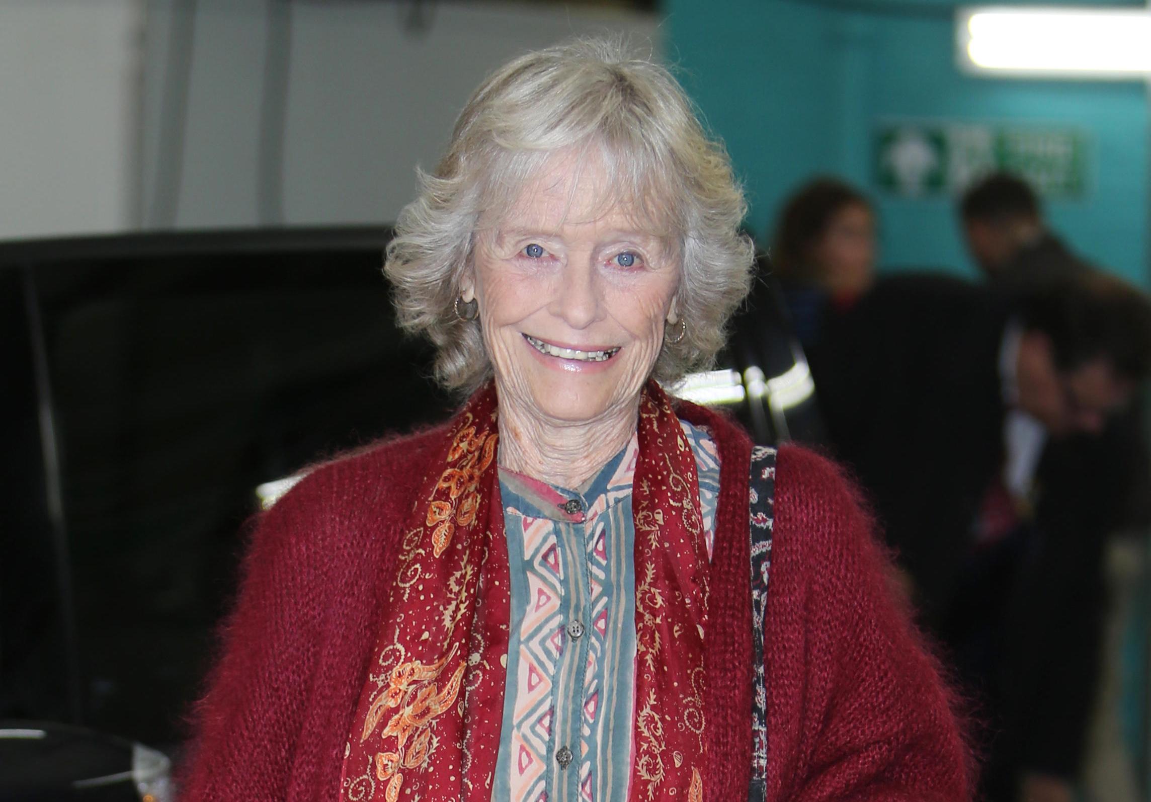 Ruth White (actress) pics