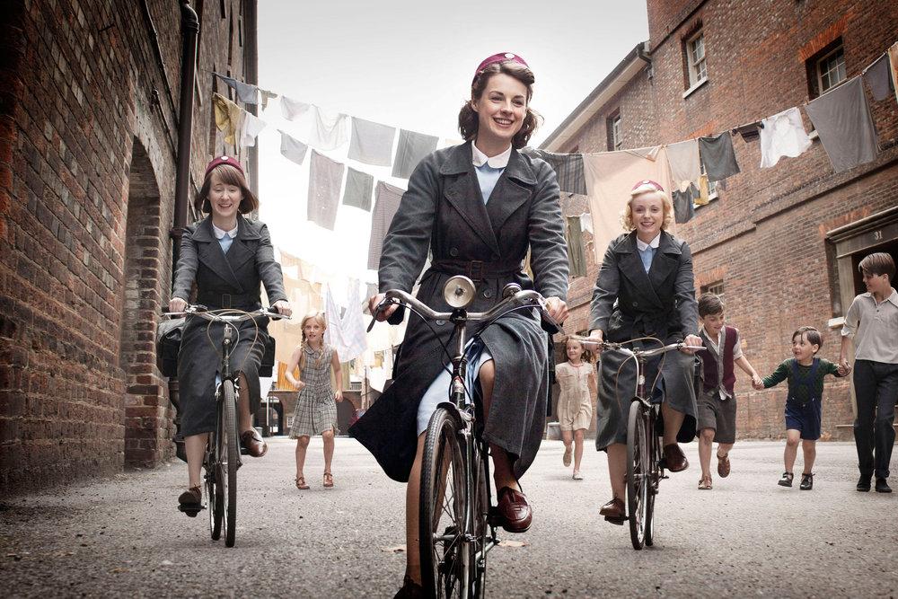 bryony-hannah-jessica-raine-helen-george-bikes.jpg