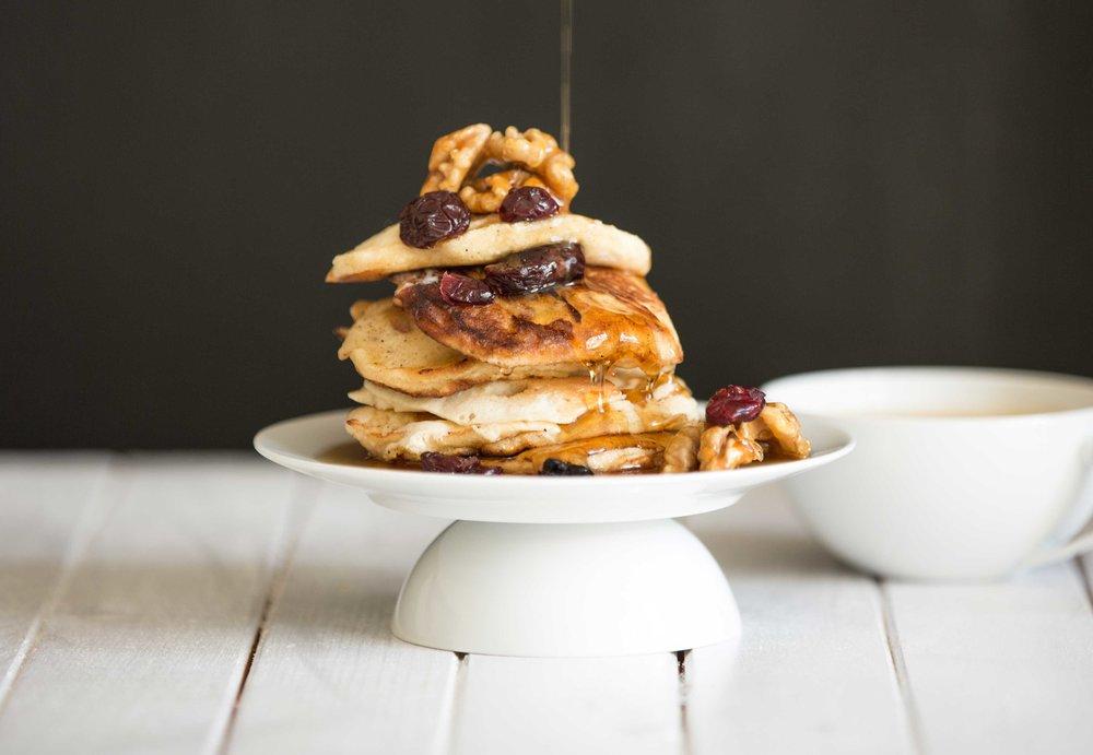 Fluffy-Apple-pancakes_300dpi.jpg