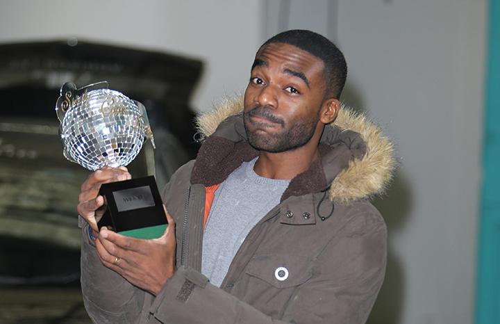 ore-oduba-strictly-trophy.jpg