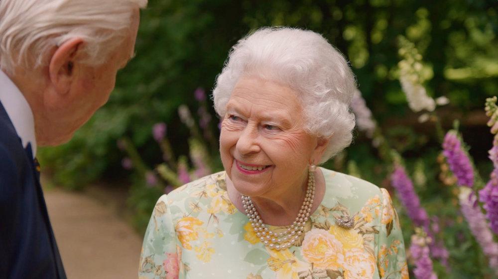 david-attenborough-queen.jpg