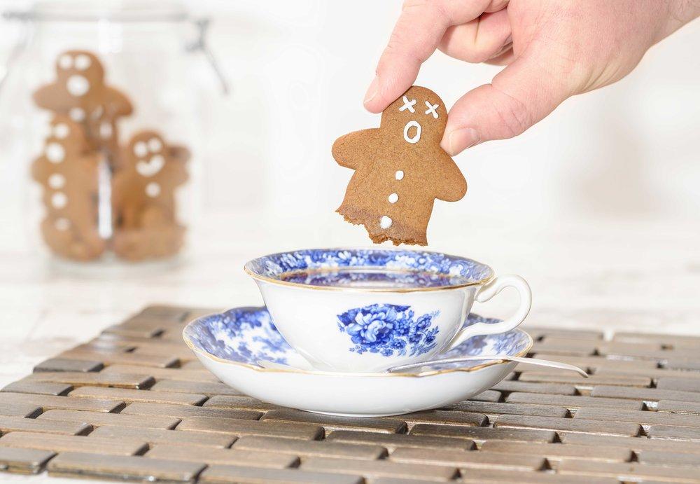 Tea-dunking.jpg