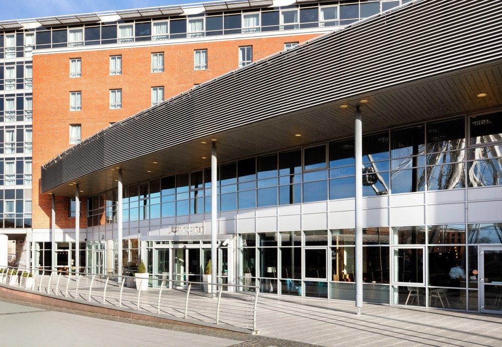 Jurys-Inn-Liverpool-Exterior.jpg