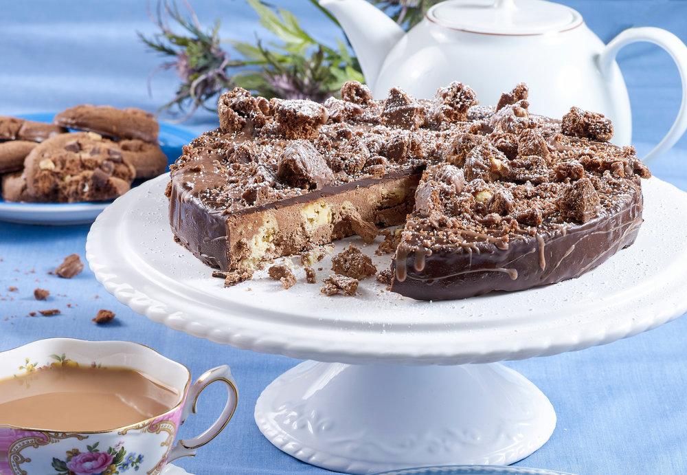 Queen's-Birthday-Cake.jpg