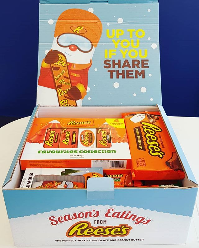 We're going nuts for this morning's surprise delivery! Comment below if you'd love to recieve a @reeses hamper this Christmas 👇