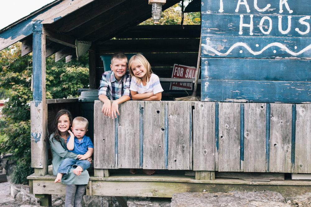 Morris Family Portraits-0660.jpg