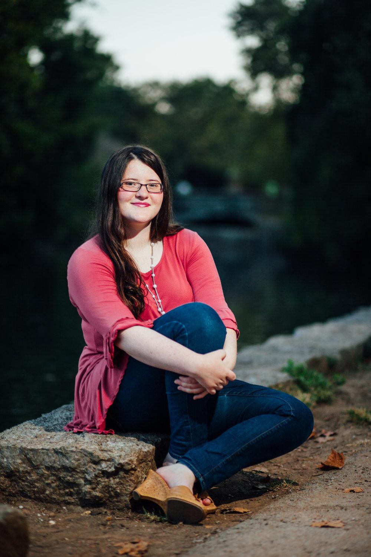 Senior-Lucy-McGee-0663.jpg