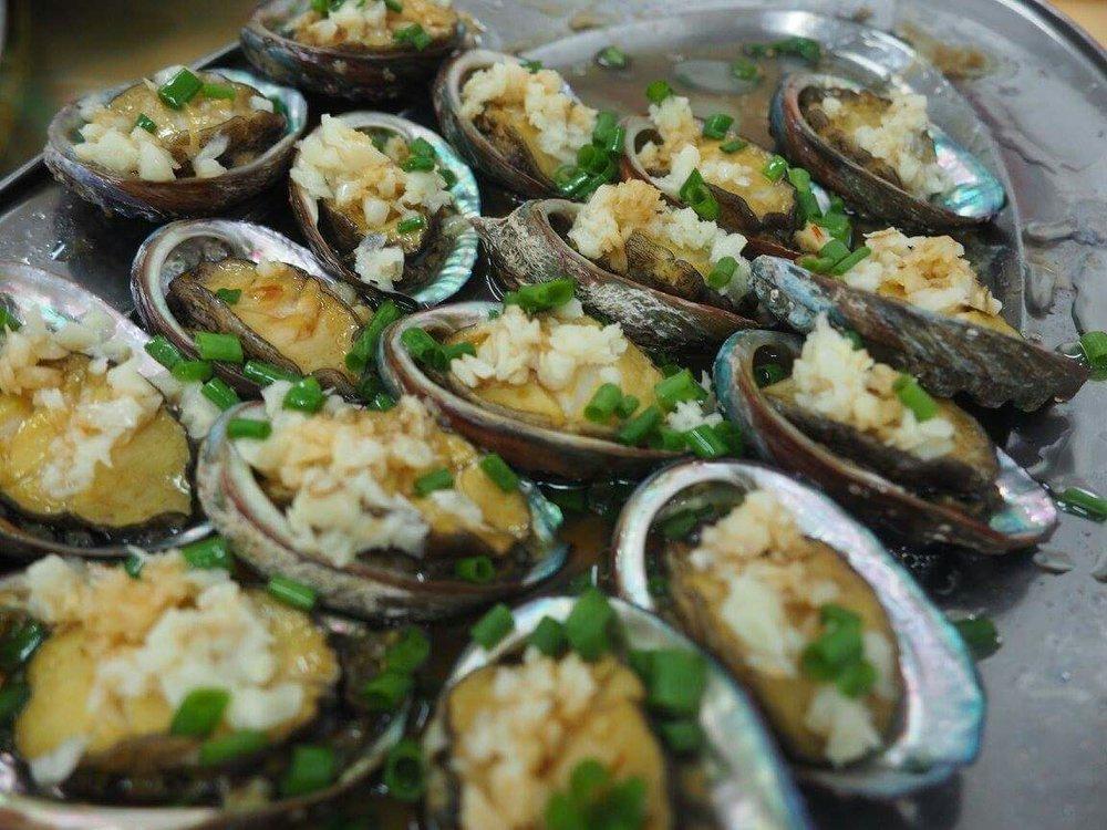 Garlic baked oyster