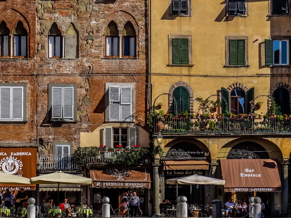 lucca-storefront-yellow.jpg