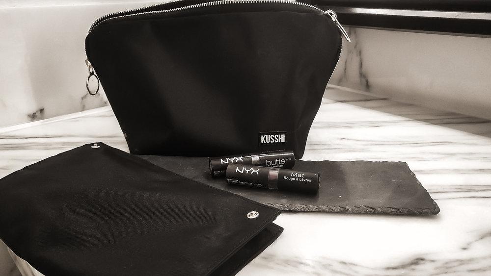 - kusshi makeup Bag