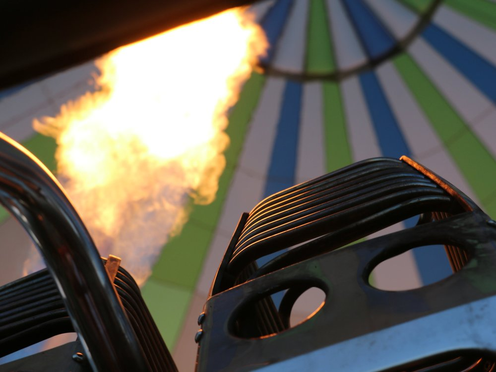 bruleur-montgolfiere-interieur-flammes