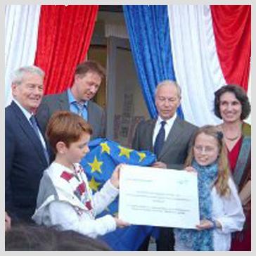 EUROPE  40 emprunts pour 25 écoles VOIR LA LISTE ICI