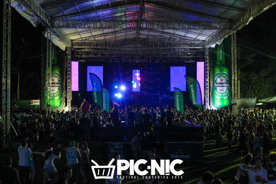 Picnic2015 3.jpg