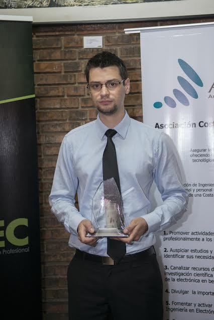 Juan Carlos Brenes, 2do lugar del Premio Nacional de Electrónica
