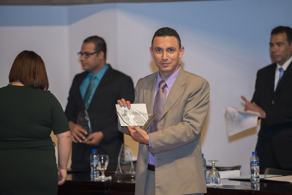 Victor Ramírez, 3er lugar del Premio Nacional de Electrónica.