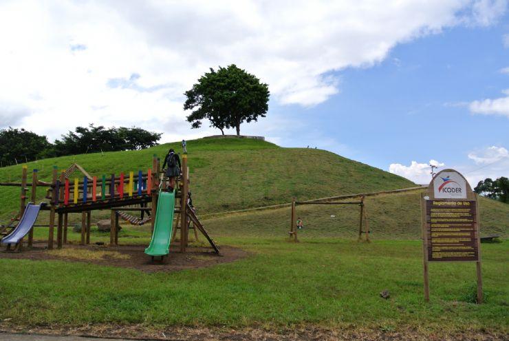 full-la-paz-park-playground.jpg
