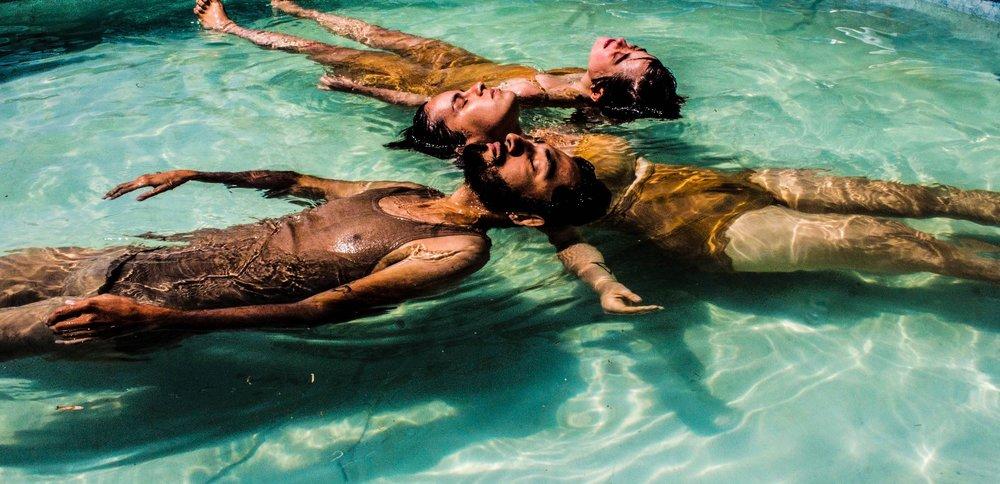 Miradas Intimas Foto de Alejandro Ramirez.jpg