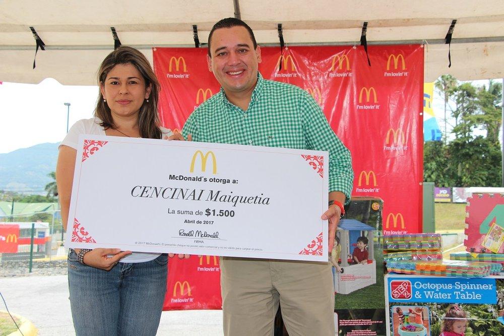 Donación McDonald's a Cen-Cinai Maiquetía de Desamparados.JPG