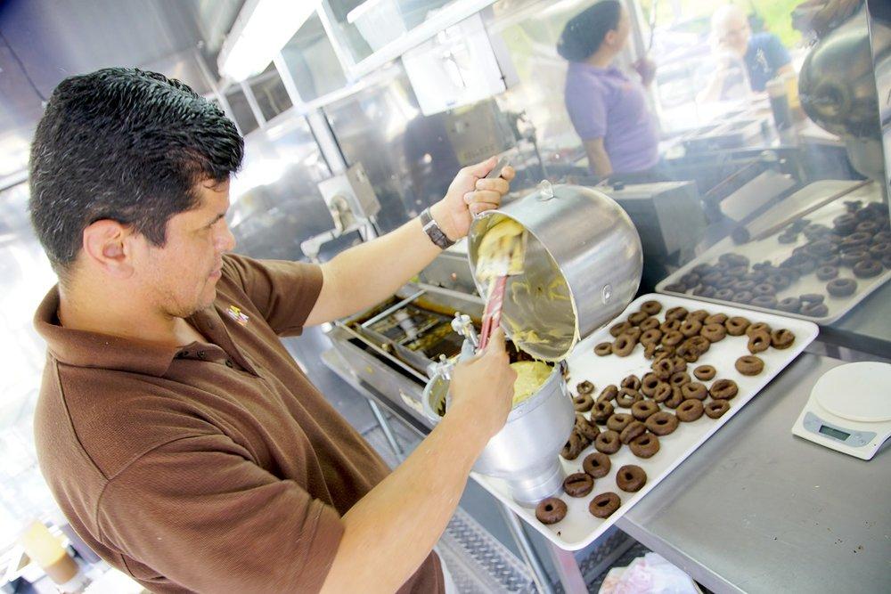 Doña Dona Food Truck_02.jpg