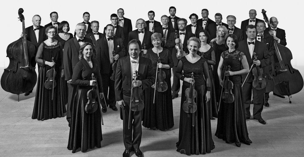 Orquesta de Caìmara de Lituania 2 bn.jpg