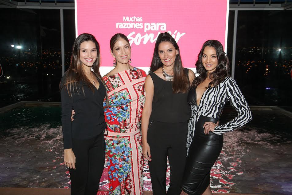 María González, Viviana Calderón, Viviana Zamora y Verónica González