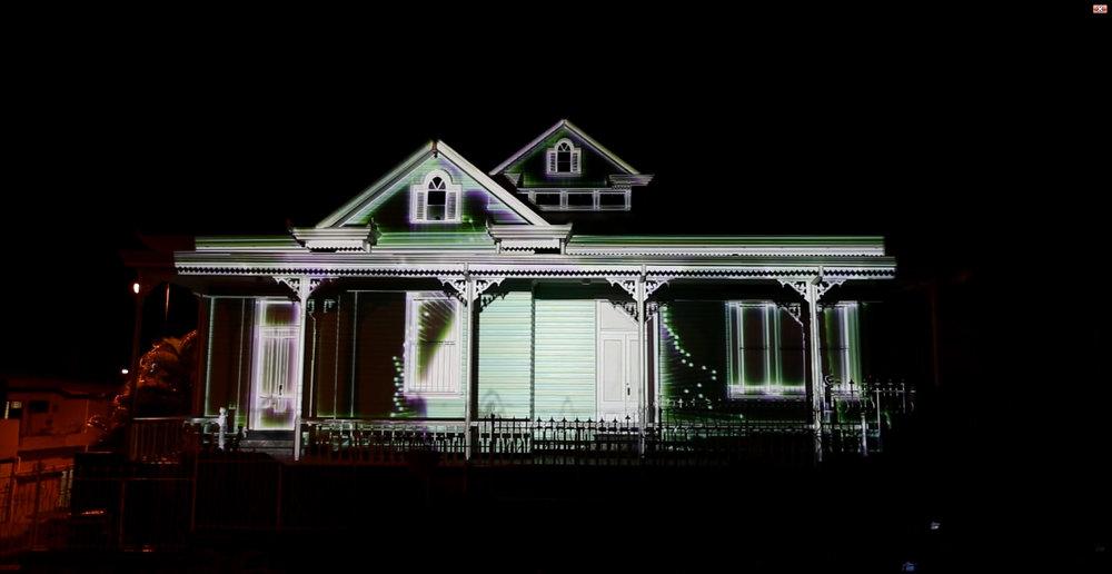8-Espectacular, así_estuvo_el_Video_Mapping_sobre_Casa_Verde_en _el-pasado_Amón_Cultural.jpg