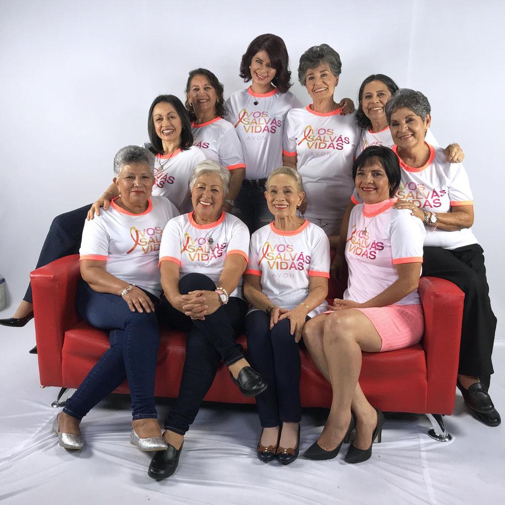 Sobrevivientes y Voluntarias FUNDESO1.JPG