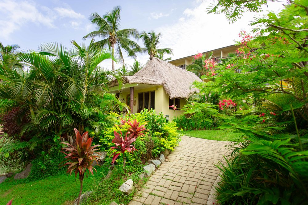 Hi_FOR_74365336_outrigger-fiji-beach-resort-plantation-bure2.jpg
