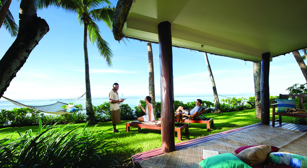 Hi_FOR_65609331_outrigger-fiji-beach-resort-exterior-beachfront-bure1.jpg