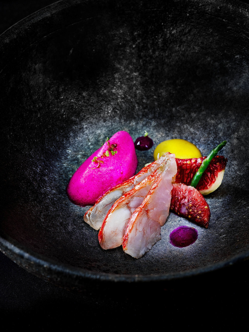 Marinated red mullet with figs and prickly pear foam.jpg