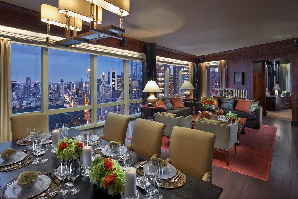 new-york-13-suite-presidential-living-room.jpg