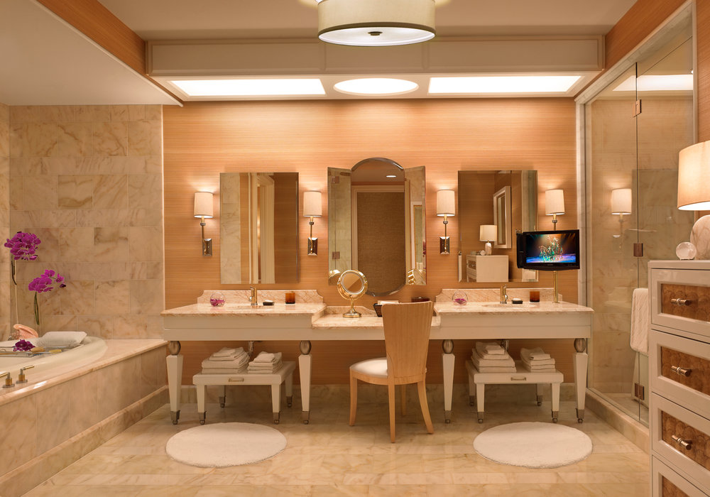 Wynn_Salon_Suite_Bath_Barbara_Kraft.jpg