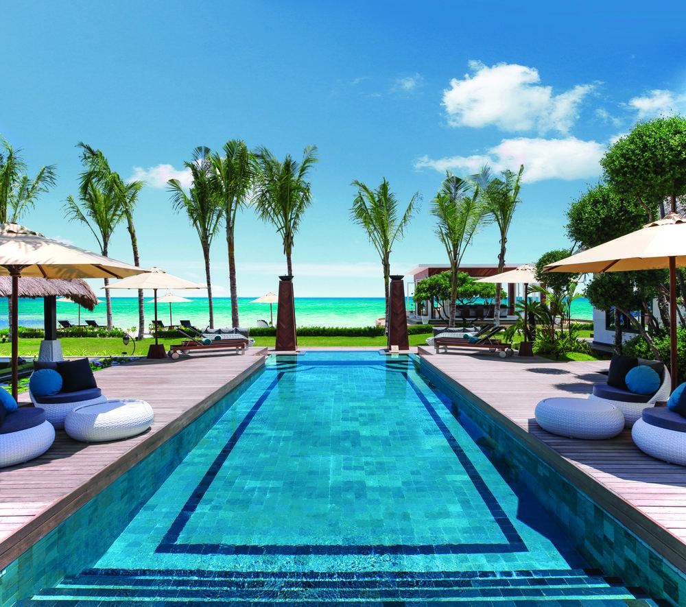 Jumeirah Vittaveli - Royal Residence - Private Pool.jpg