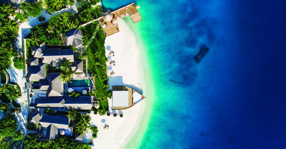 Jumeirah Vittaveli - Royal Residence - Aerial1.jpg