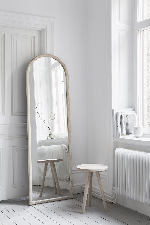 mirror_ash_1.jpg