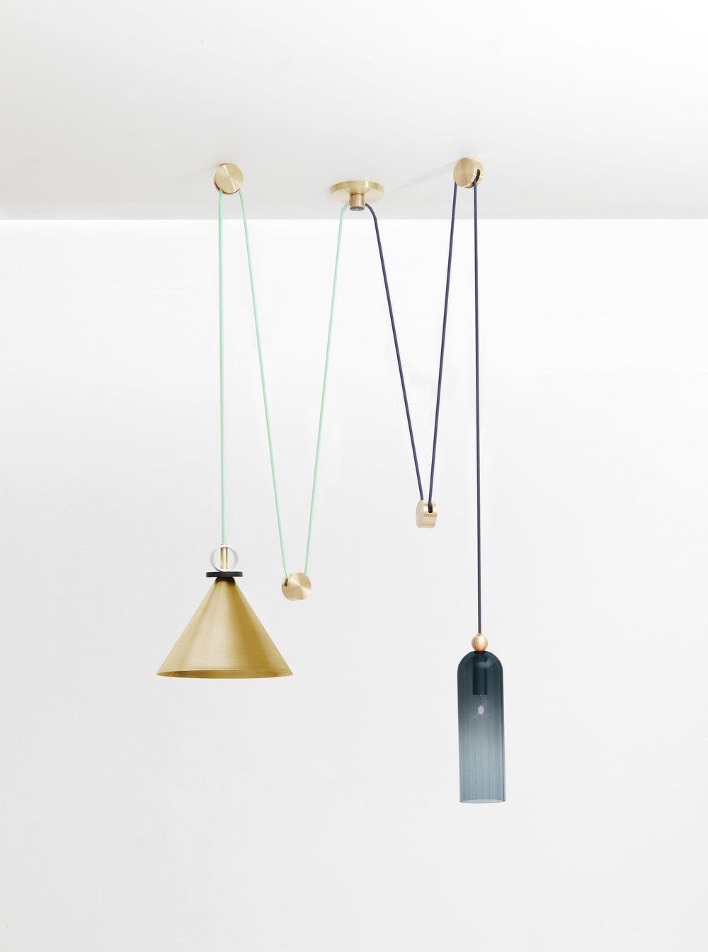 LG_shape-up-pendants_brass_blue.jpg