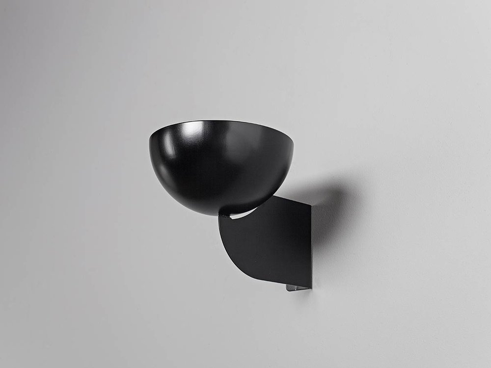 Open-wall-bowl-black-by-Jenny-Nordberg-for-Minus-tio.jpg