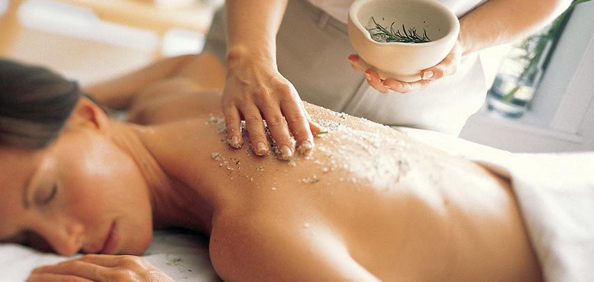 body-scrub-treatment-balinese-spa-1.jpg