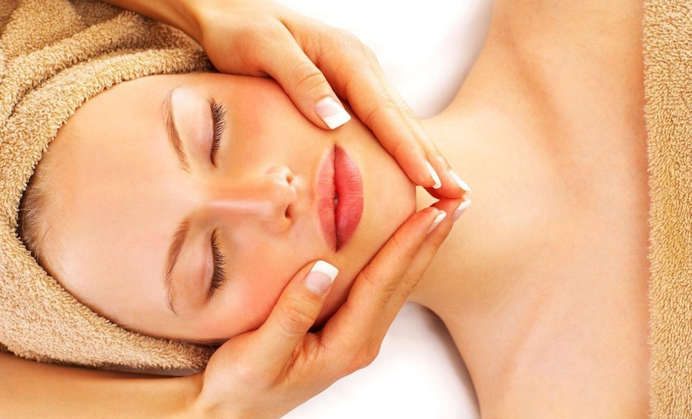 Diamond Microdermabrasion Facial