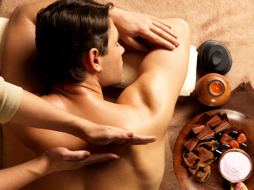 man-having-massage-in-the-spa-43142740.jpg