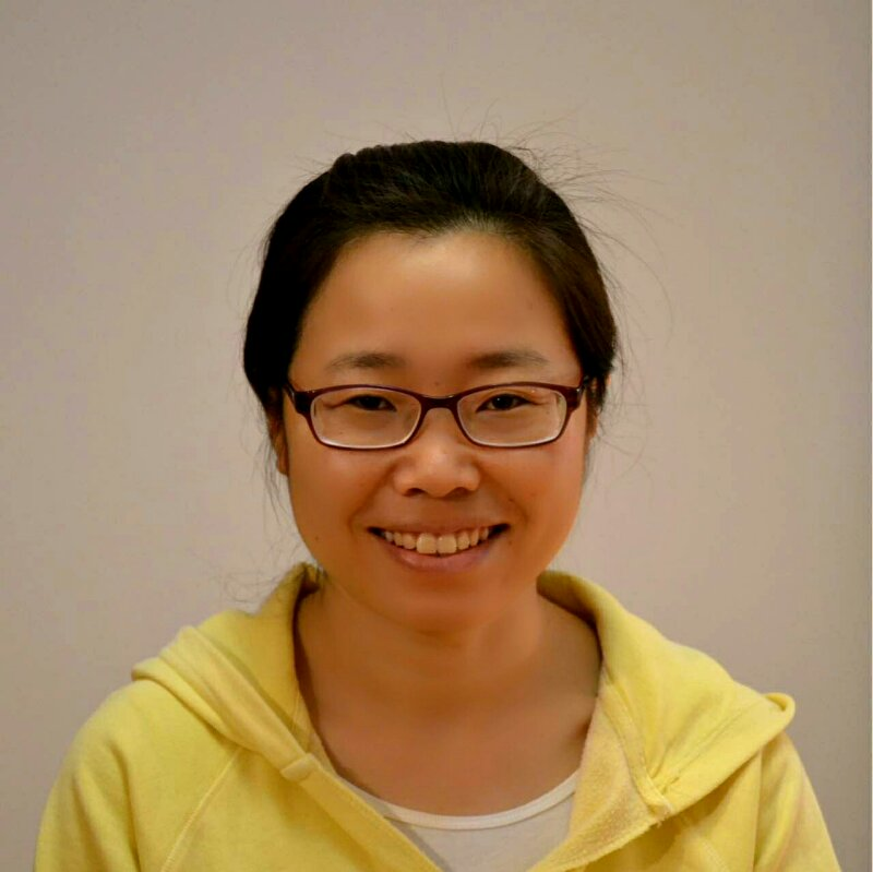 Shigua/Shivani (China)  is a yoga teacher and English-Chinese interpreter & translator who loves the creativity and spontaneity of theater. She has previously worked as an environmental engineer, and now focuses on inner engineering work.