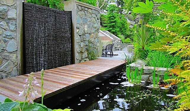 WATERWALL AND REFLECTING POOL