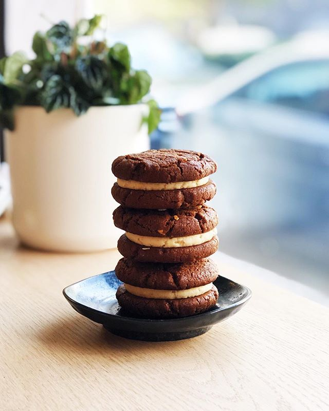 New to the crew are these delicious cookies by @ace.cookies!  All vegan, gluten and refined sugar free!